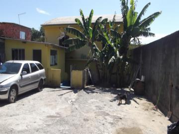 Casas no bairro Fazenda Velha na cidade de Arujá