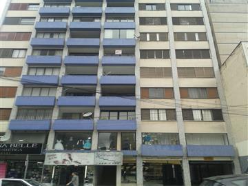 Apartamentos Centro  localizado Á RUA EMILIANO PERNETA, 195 AP 61 BL A