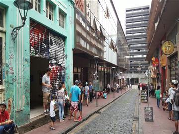 Lojas Centro  localizado Á Rua São Francisco Nº 50 - loja 5