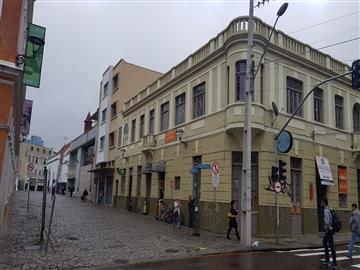 Lojas Centro  localizado Á RUA 13 DE MAIO, nº81 ESQUINA COM A MATEUS LEME