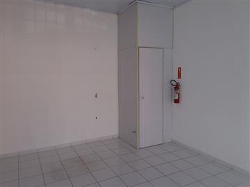 Salas Comerciais Vianelo R$ 1.300,00