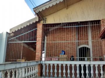 Casas no bairro Ponte de São João na cidade de Jundiaí
