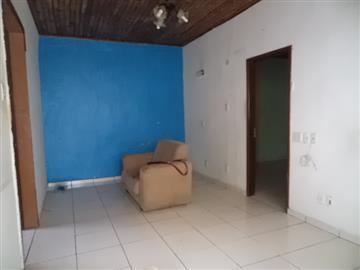 Casas Centro R$ 3.300,00