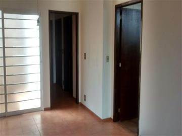 Casas Vila Angélica R$1.300,00