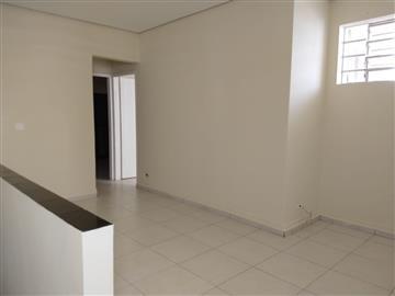 Casas Piso Superior Centro R$ 1.500,00