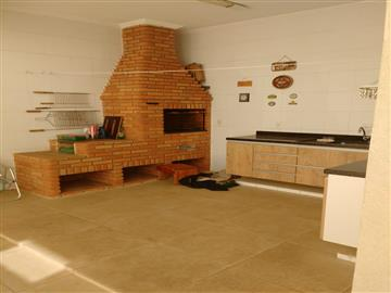 Casas em Condomínio Medeiros R$ 620.000,00