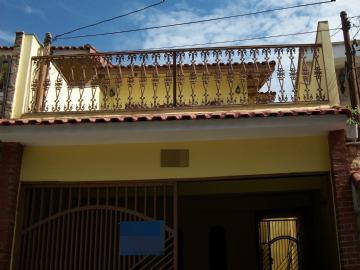 R$ 740.000,00 City Pinheirinho Sobrados