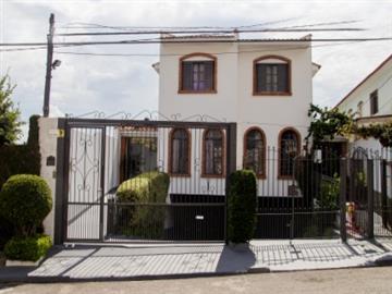R$ 668.000,00 Vila Clarice Sobrados