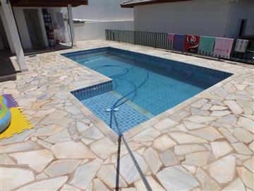 Casas  Ref: 014 R$440.000,00