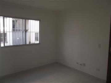 Apartamentos em Condomínio