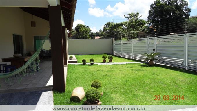 Casas Alto Padrão em Barra do Garcas no bairro Centro