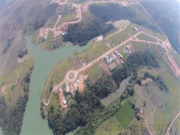 Terrenos em Condomínio Lote no Condomínio Lago Dourado! R$ 130.000,00