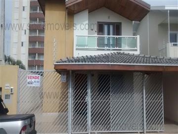 Casas Alto Padrão Sobrado com Piscina Aquecida! R$ 700.000,00