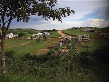Terrenos em Condomínio Lindo terreno no Condominio Vale dos Lagos. Um condominio alto padrão com toda segurança e tranquilidade para se viver bem Ref:-11445 R$ 130.000,00