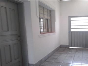 Casas Casa para locação. Aceita seguro captalização ou fiador R$ 600,00
