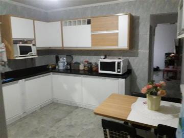 Casas Assobradadas Casa a venda com 3 dormitórios e um ponto comercial no Parque dos Príncipes R$ 320.000,00