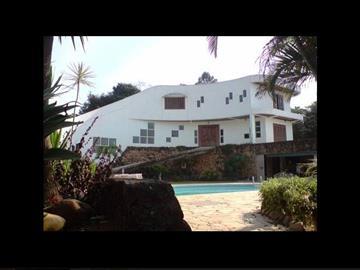 Casas em Condomínio  Ref: 2182 R$Consulte-nos