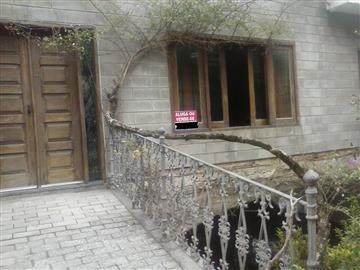 Casas  Mairiporã R$2.500,00