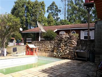 Casas em Condomínio R$3.300,00  Ref: 721A