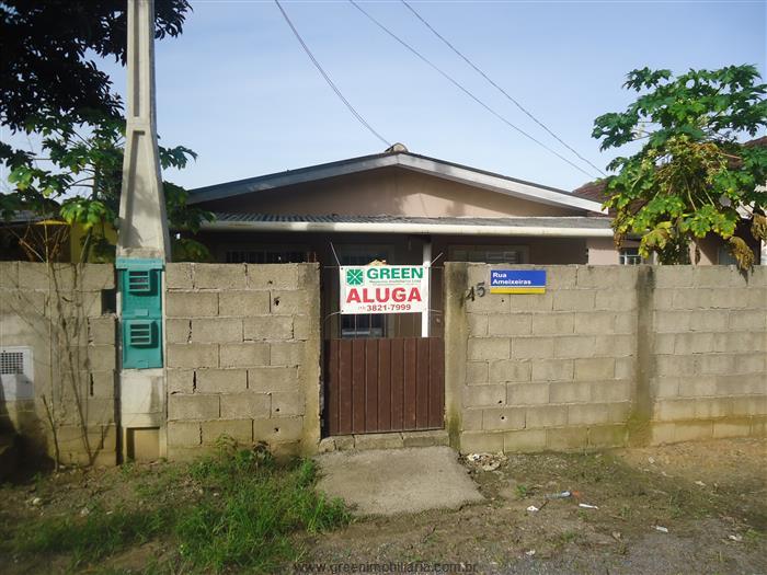 Casas em Registro no bairro Arapongal