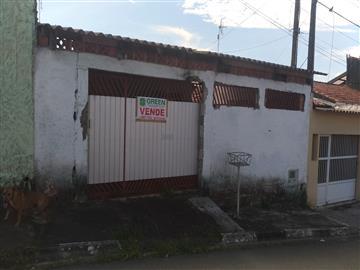 Casas no bairro Jardim Xangrilá na cidade de Registro