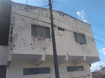 Casas no bairro Centro na cidade de Registro