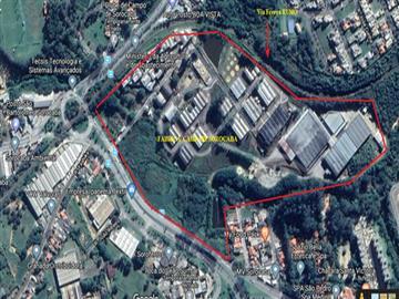 AT=216.718 m² -AC=50.101 m²