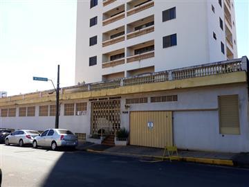 Apartamentos no bairro Centro na cidade de Avare