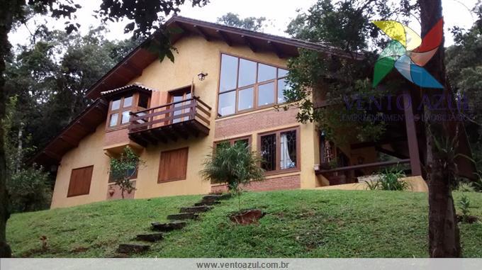 Casas em Monte Verde no bairro Jardim das Montanhas