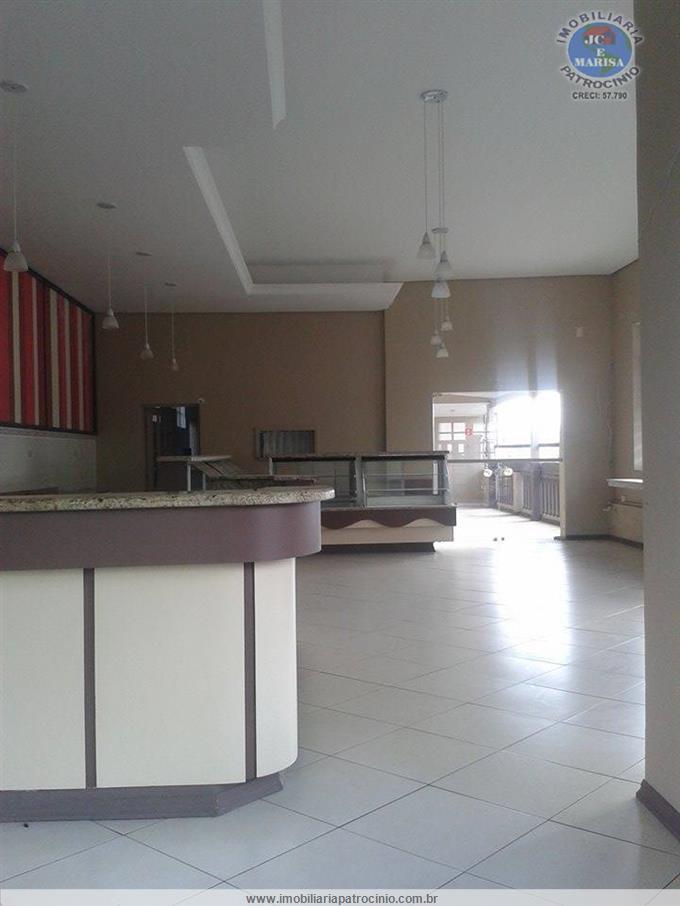 Salões Comerciais em Atibaia no bairro Centro