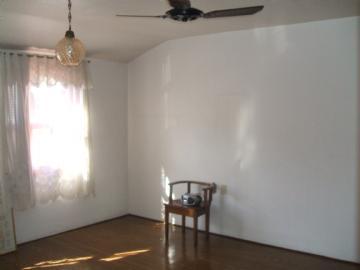 Casas Comerciais R$475.000,00 Centro
