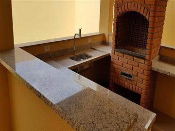 Casas em Condomínio R$595.000,00 Medeiros