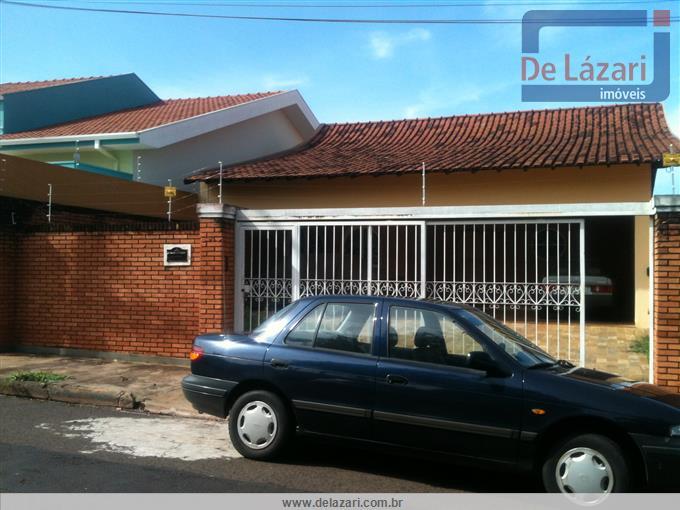 Casas em Araraquara no bairro Vila José Bonifácio
