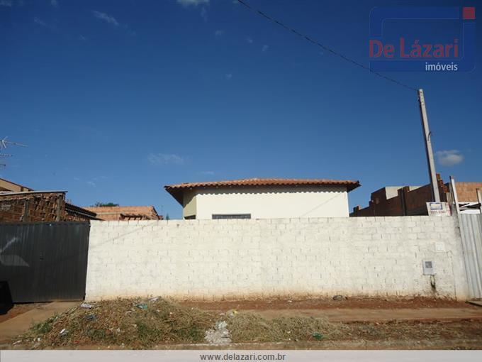 Casas em Araraquara no bairro Jardim Roberto Selmi Dei