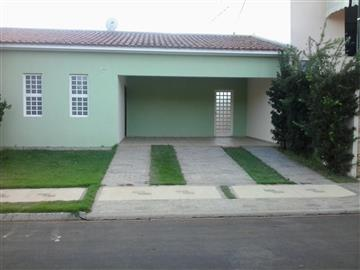 Casas em Condomínio no bairro Jardim dos Flamboyants na cidade de Araraquara