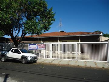Casas Centro R$550.000,00