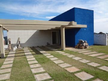 Casas em Condomínio  Mairiporã R$3.200,00