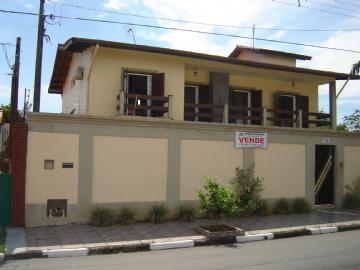 Casas Alto Padrão  Registro R$800.000,00
