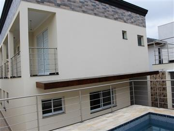 Casas em Condomínio no bairro Condomínio Alto da Floresta na cidade de Atibaia