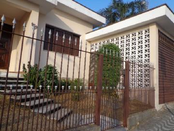 Casas no bairro Centro na cidade de Poá