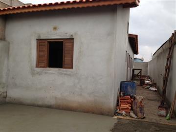 Casas Novas no bairro Jardim Varan na cidade de Suzano