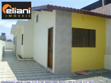 Casas no bairro Jardim Leblon na cidade de Suzano