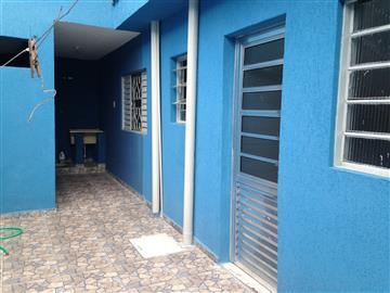 Casas no bairro Vila Áurea na cidade de Poá