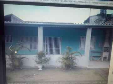 Casas no bairro Indaia na cidade de Bertioga
