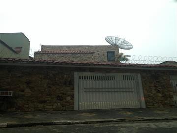 Casas no bairro Vila Júlia na cidade de Poá