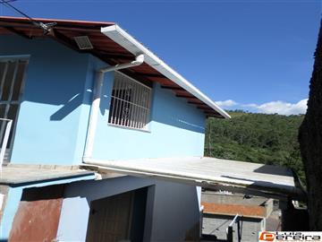Casas  Nova Friburgo R$135.000,00