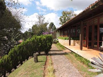 Casas  Nova Friburgo R$1.200.000,00