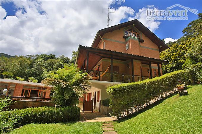 Casas Alto Padrão em Monte Verde no bairro Jardim Monte Verde