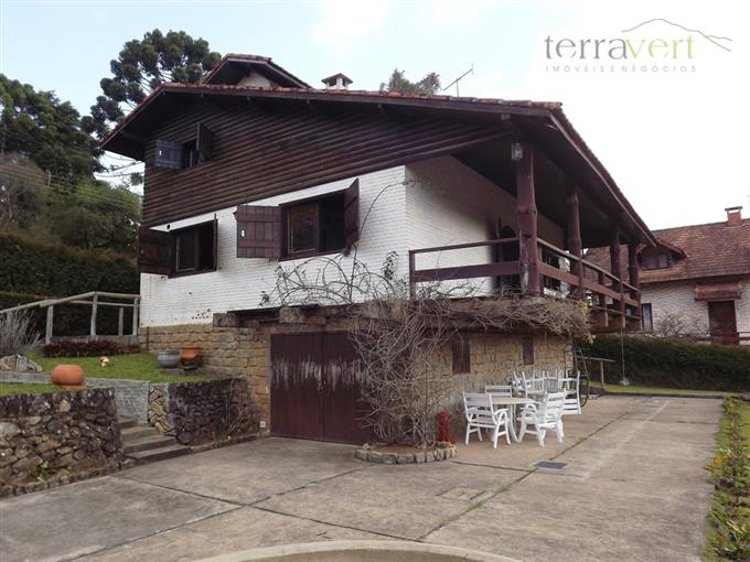 Casas em Monte Verde no bairro Centro
