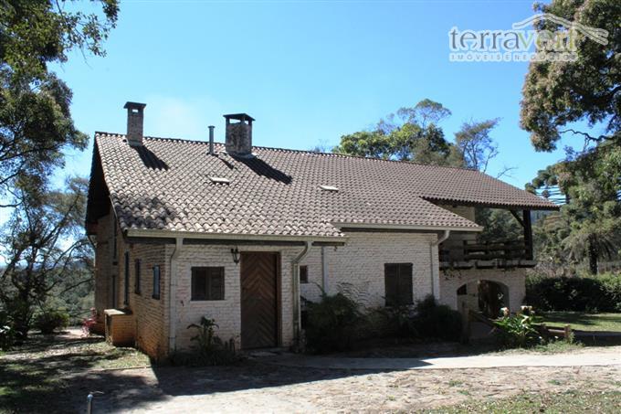 Casas em Monte Verde no bairro Vila da Fonte